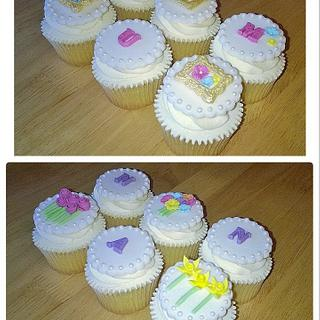 Mother's Day Cupcakes For Mum & Nan