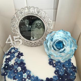 Forever Love  - Cake by Andrew Phillips