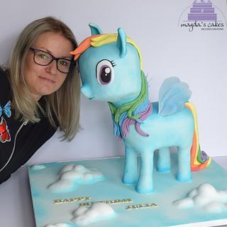 Pony  - Cake by Magda's Cakes (Magda Pietkiewicz)