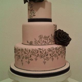 Black Rose - Cake by THE BRIGHTON CAKE COMPANY