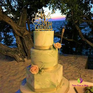 Green Marmoled Wedding Cake