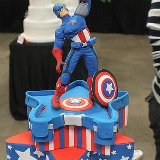 Avenger - Cake by Mónica Muñante Legua