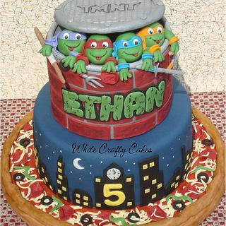 Ninja Turtles Cake - Cake by Toni (White Crafty Cakes)