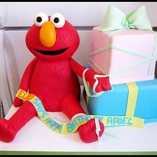 Elmo and presents