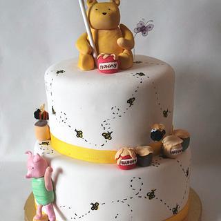 Classic Winnie the Pooh shower cake