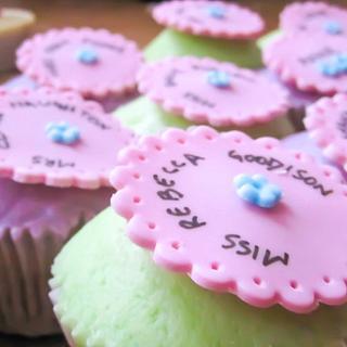 cupcakes for teachers - Cake by Bakedincakedout
