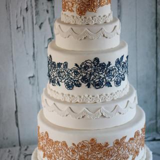 Rose Wedding Cake - Cake by Gingerlocks