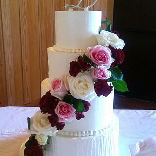 Lovely Buttercream Wedding Cake