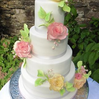 Pastel vintage roses wedding cake - Cake by Blossom Dream Cakes - Angela Morris