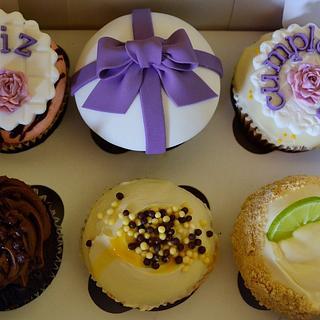 Feliz cumple...cupcakes!