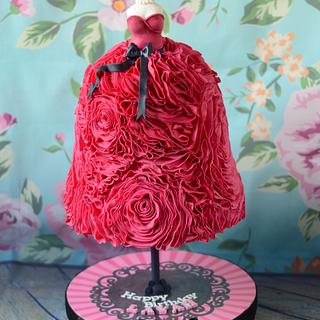 Hot pink ruffle dress mannequin cake!