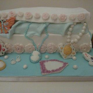 Jewellery Box - Cake by Toni Lally