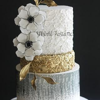 Black White Anemone Cake