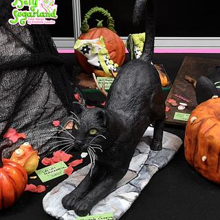 Salem the Cat - Sugar Witches - Cake by Bety'Sugarland by Elisabete Caseiro