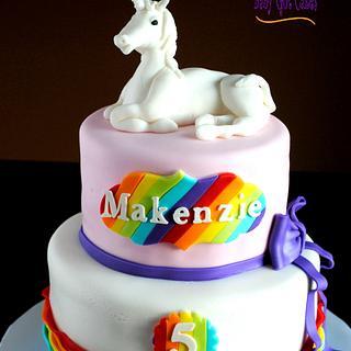 Unicorn & Rainbows