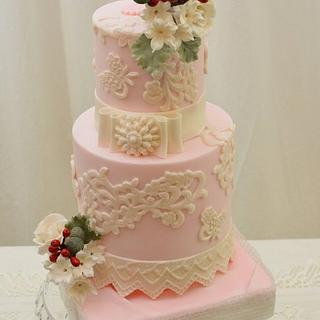 Vintage Cake in Pink with  Winter Posies