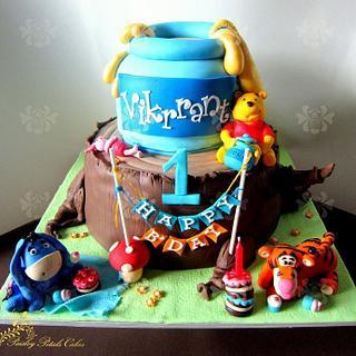 Winnie & Friends Theme Cake