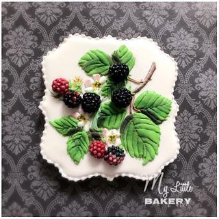 "Blackberry cookie - Cake by Nadia ""My Little Bakery"""