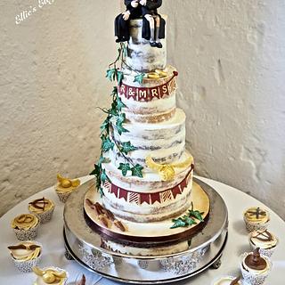 Semi naked Wedding cake Harry Potter style :)