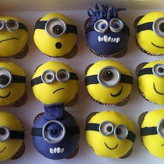 Despicable Me 2 Minion cupcakes :)