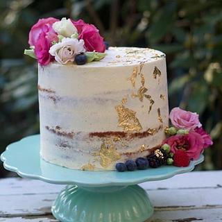 Naked Wedding Gold cake