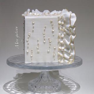 Little wedding's anniversary cake