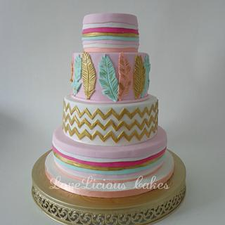 feathers - Cake by loveliciouscakes