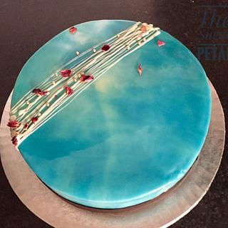 Ocean effect with Mirror Glaze - Cake by Thesugarpetalcake