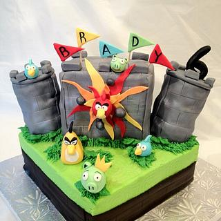 Angry Birds Castle - Cake by Dawn Henderson