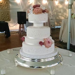 Brushed Embroidery Wedding Cake