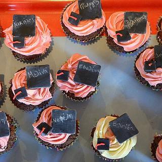 Kindergarten graduation cupcakes - Cake by giveandcake