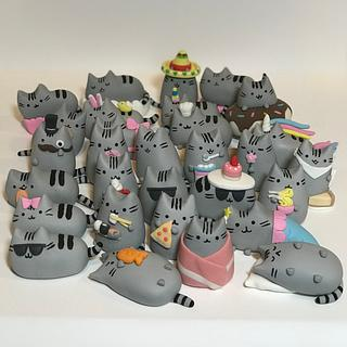Pusheen cupcake toppers
