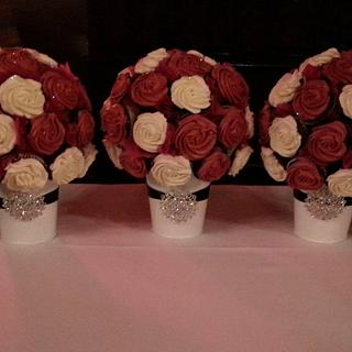 Cupcake Bouquets - Cake by BlissfulCakeCreations