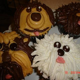 Puppy Cupcakes - Cake by Dana
