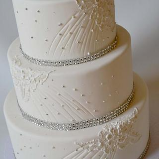 Brush Lace with pearls and sparkle