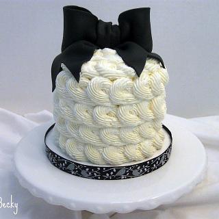 Black & Ivory Buttercream Rosette Cake