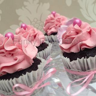 Chocolate Raspberry cupcakes with lace and bows