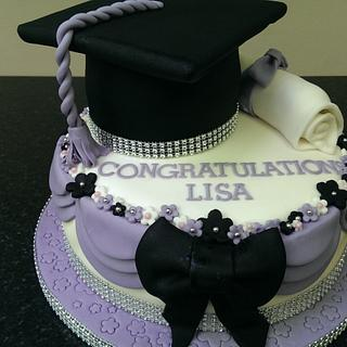 Graduation cake - Cake by Red Alley Cakes (Alison Rankin)