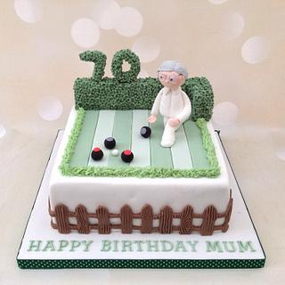 Crown Green Bowling cake - Cake by Yvonne Beesley
