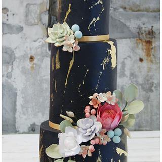 Black & Gold Wedding Cake - Cake by Soraya Sweetmama