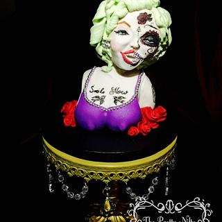 MarilynHalloween - Cake by Edelcita Griffin (The Pretty Nifty)