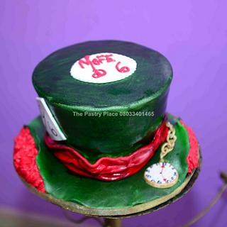 Madhatter  - Cake by thepastryplace