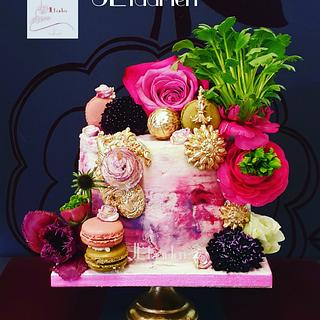 Dramatic colourful cake
