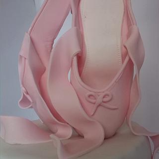 Ballerina cake pointe shoes