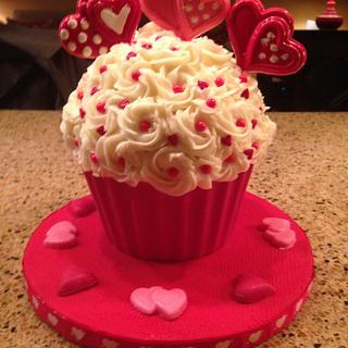 Valentine Giant Cupcake - Cake by Margaret