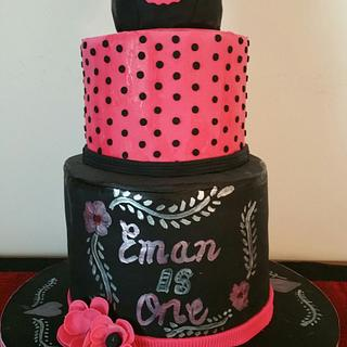 Minnie mouse first birthday cake 🍰
