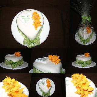 10th Anniversary Cake - Daffodils - Cake by Tiggy