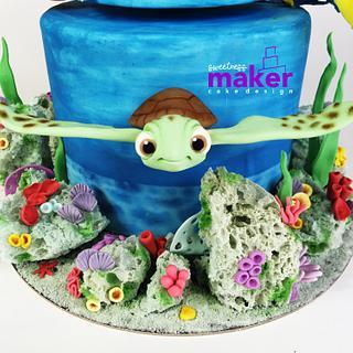 Nemo SPINNING cake! - Cake by Sweetness Maker