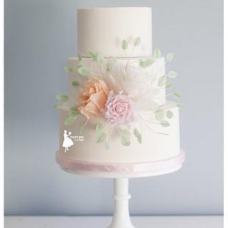 Romantic roses weddingcake - Cake by Taartjes van An (Anneke)