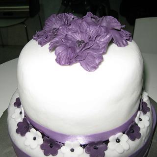 2 tiers purple cake